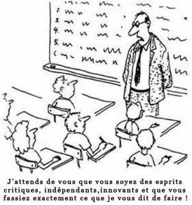 Dessin humoristique montrant des élèves bien alignés derrière leurs pupitres avec un maître les enjoignant à être créatif en lui obéissant